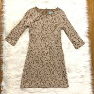 Skies Are Blue Beige Gold Lace Dress w 3/4 Sleeves